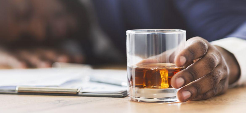 alcoolismo-intoxicacao